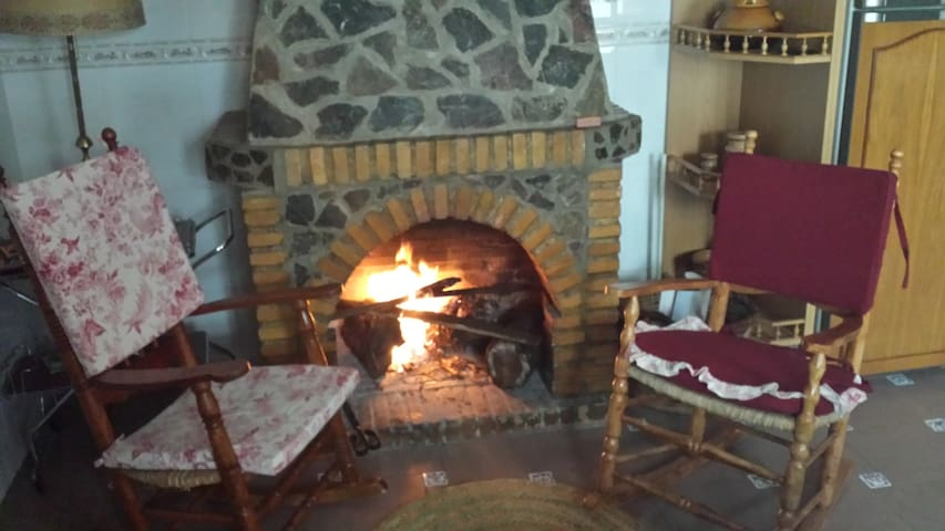 Fantastic Cottage in the village of El burgo - El Burgo