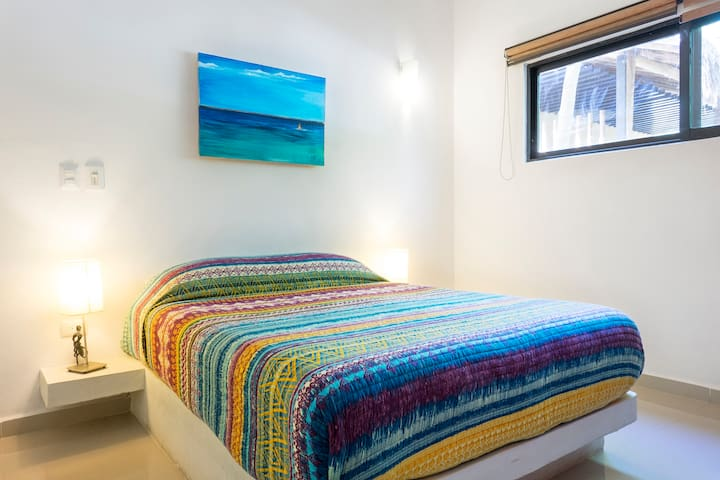 """Fernando's apartment in the very heart of downtown Tulum is a lovely place to stay. Apart from the central location, the flat has all it needs, is beautifully furnished and the host and his family were very nice and welcoming."" - Louise, 5 Stars"