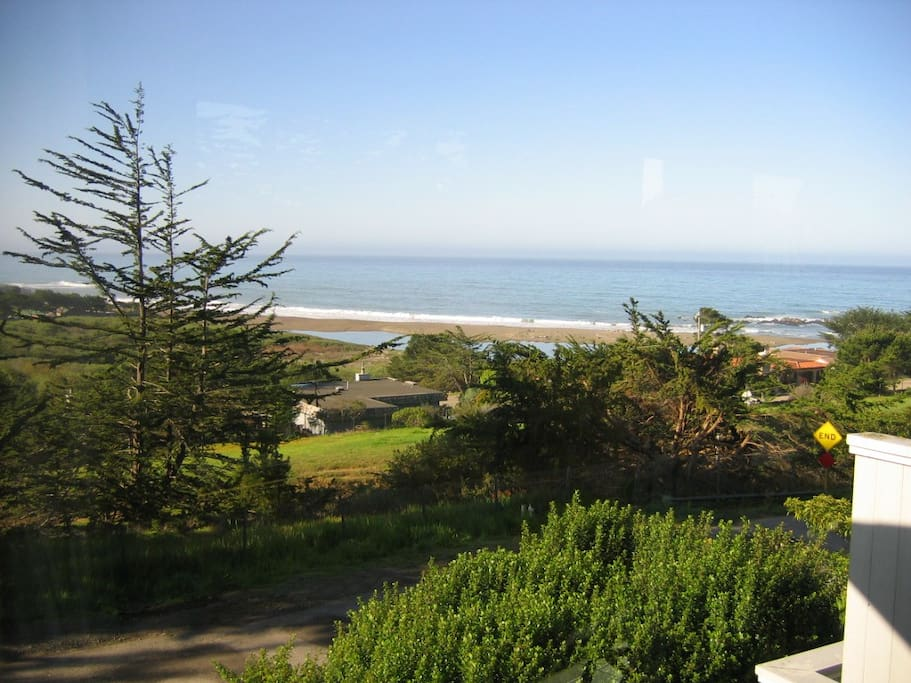 Look at that view! It's even better when you're watching it with a cup of coffee or a glass of wine in your hand! You can see the ocean, the beach, the estuary and Shamel Park!