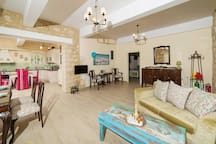 3 bedroom Villa sleeps 6 in Angelianá