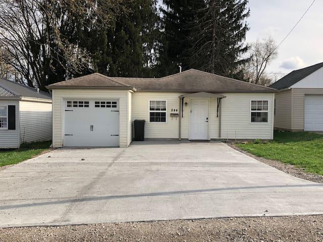 Cozy 2BR Home, North End Zanesville, OH