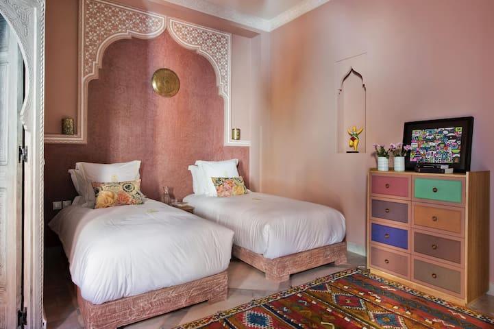 Hel'lo Riad : Magnolia bedroom