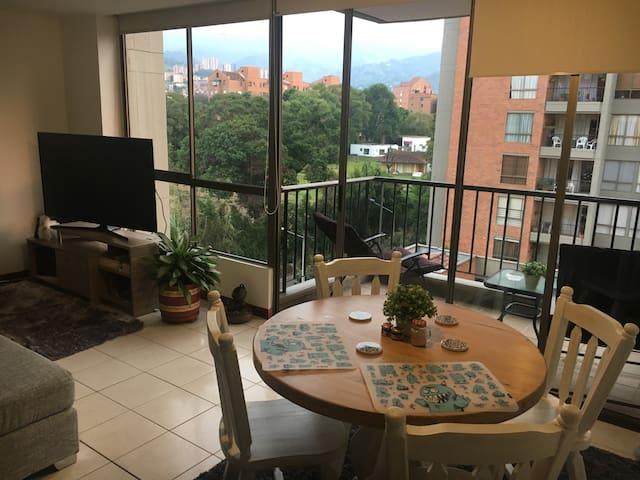 Beautiful apartment/location - Apartamento hermoso - Envigado