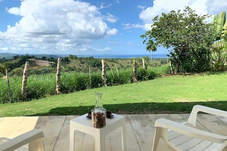 Unobstructed seaview* Privacy* Small pool* Garden