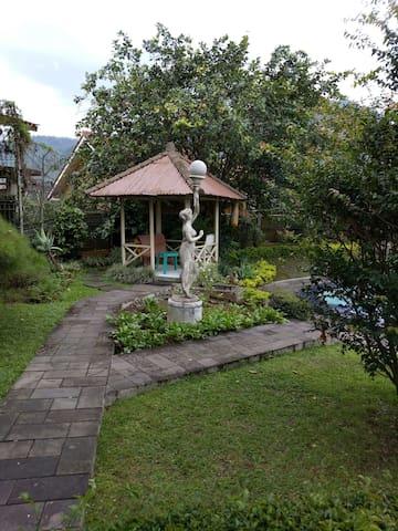 Villa ANDEREYO family resort