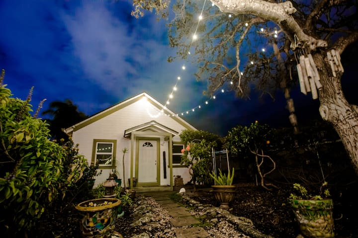 Garden Oasis Guesthouse Surf and Adventure - Santa Cruz - Gjestehus