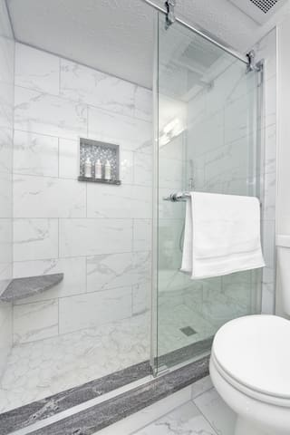 Full Bath off of Master Bedroom with Shower