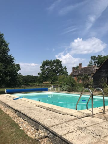 Stunning country house with heated outdoor pool