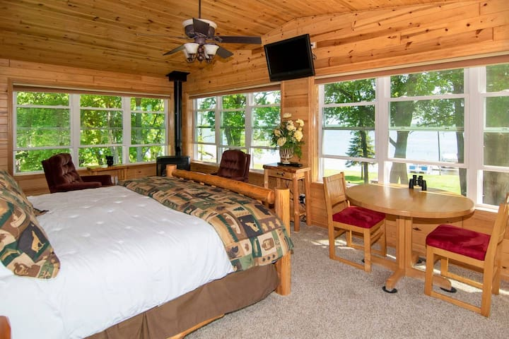 Bay View Suite at Leech Lake Resort B&B