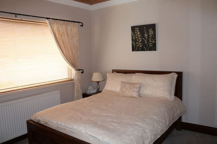 3. Double room with ensuite