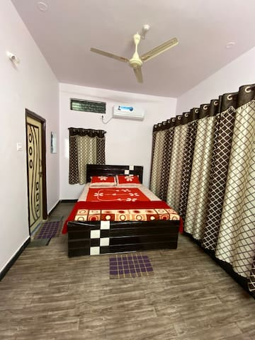1bhk with all kitchenette facilities, AC, WIFI.