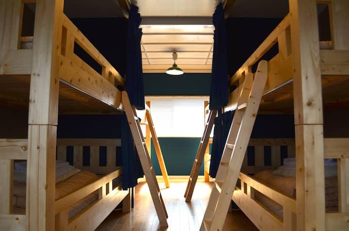 GREENWOOD HOSTEL Mixed Dormitory