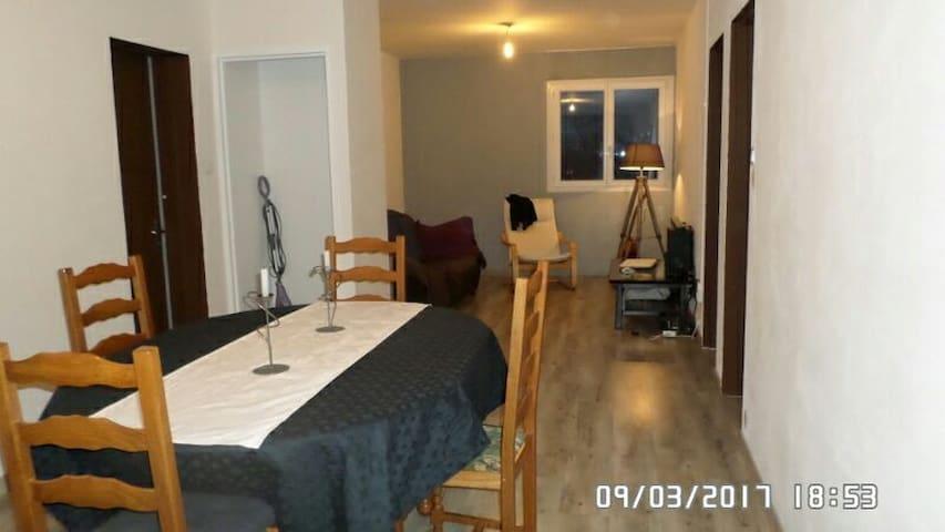 Appartement 4 pièces+balcon - 73 m² - Bourg-en-Bresse