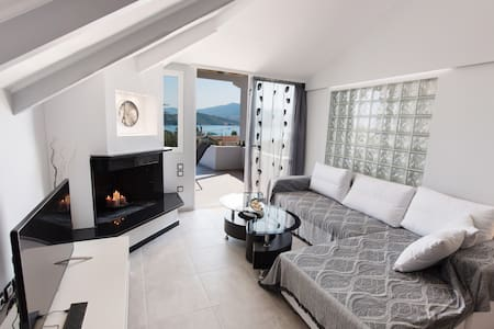 Luxurious 3 bedroom maisonette - lygia