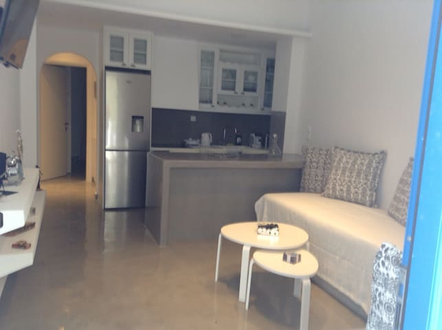 Argy's New Appartment for 4 persons - Kamari - Apartment