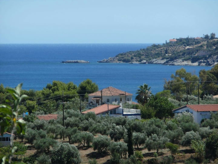 Sea View Vacation House in Koroni