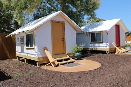 Camp Coyoacan Tent Bungalow #16 - 阿兰萨斯港(Port Aransas)
