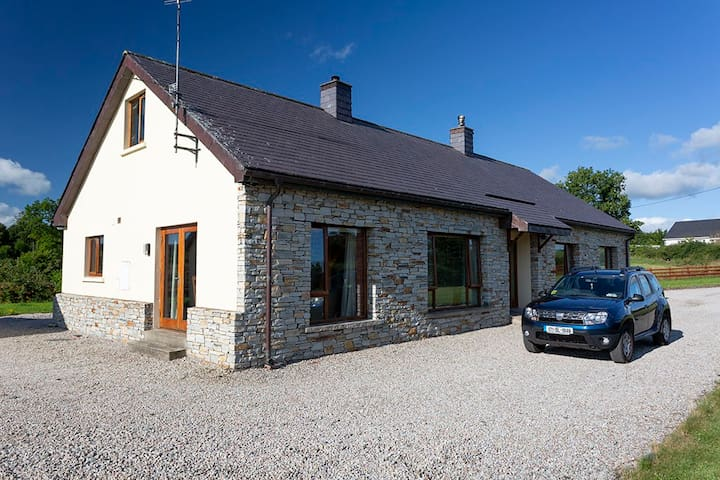 Double&Twin-Ensuite+Breakfast on Wild Atlantic Way