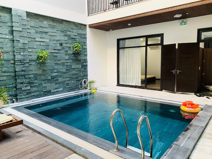 Pool Villa- 9 Bedrooms- BossVilla -By My Khe Beach