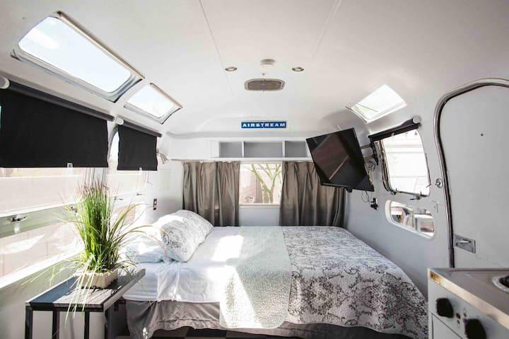 SUPER CUTE Airstream Trailer