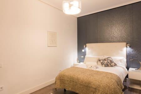APARTAMENTO LUJO CENTRO 25 GRAN VIA PUERTA DEL SOL - Madrid - Apartment