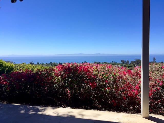 Breathtaking views in the heart of Santa Barbara - Santa Barbara - House