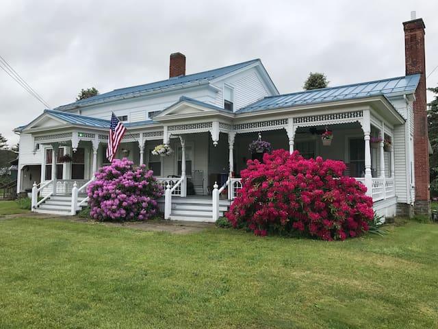 Stowell's Farm House