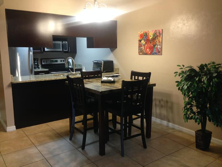 Best of Gainesville award! 2BR 2.5 BA condo by UF!