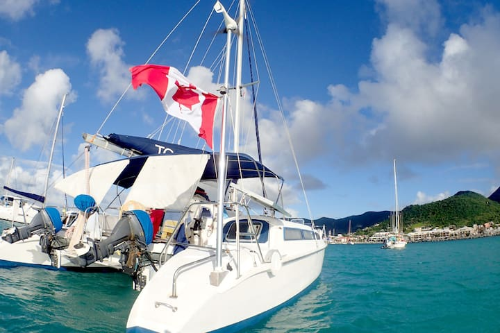 Unique Liveaboard Catamaran Experience