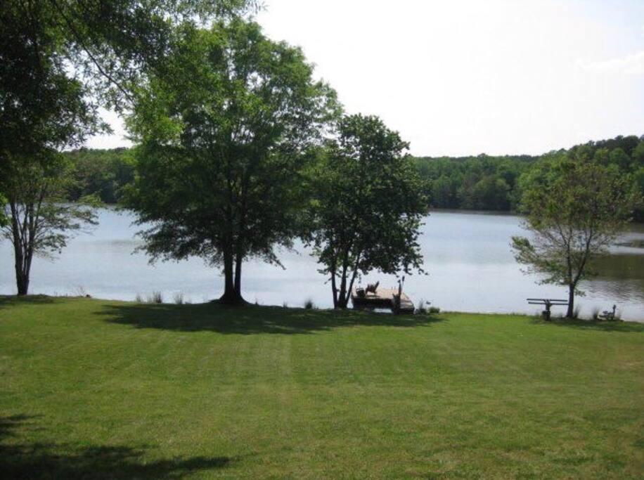 Beautiful View.  Access to lake