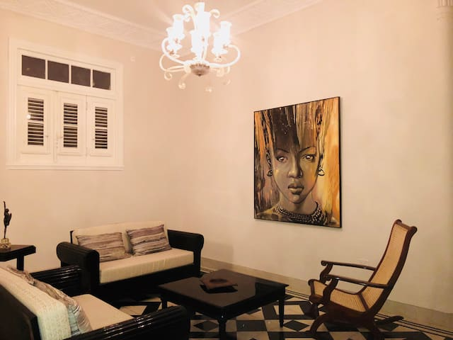 ARTDECO19 Luxuary - Ideal for a family in Vedado