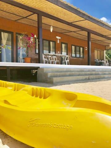 Kayak is ready! Few steps to clearest water.