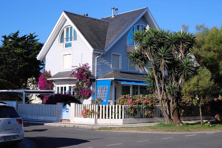 Preciosa y acogedora casa familiar en la playa