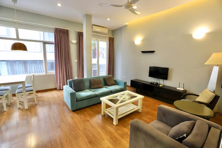 Cozy Apt 2BR Central in Tay Ho/ Close to West Lake