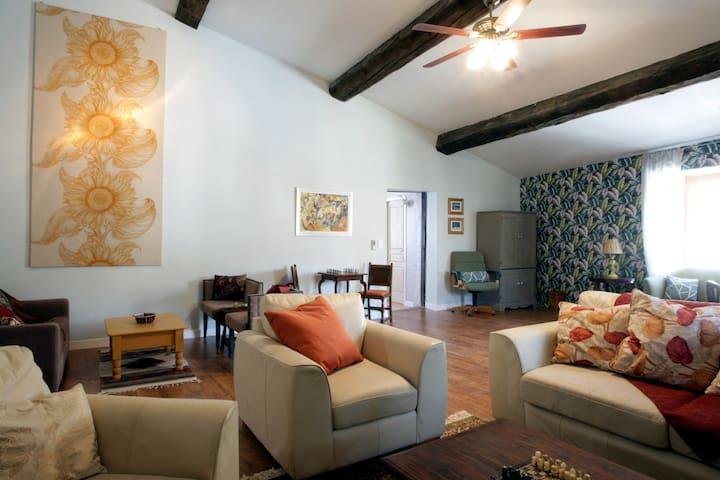 Maison de Textile - Appartement de luxe - Montolieu - Byt