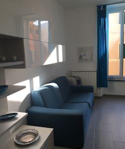50 MT FROM THE BEACH IN THE CENTER - Levanto - Apartamento