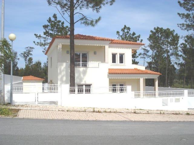 Sao Martinho do Porto - Beach and Woods
