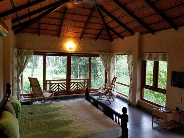 Talking Trees Riverside Cottage-1 Room