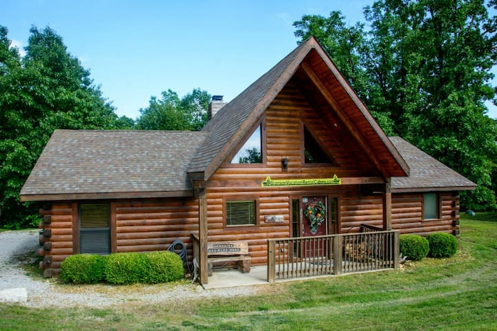 Cricket Creek 3 Bdr Log Cabin, WIFI, Outdoor pool - Ridgedale