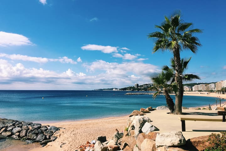 Spectacular Beach Apartment-Sant Antoni de Calonge