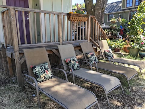 Entire Tiny Home with community amenities!