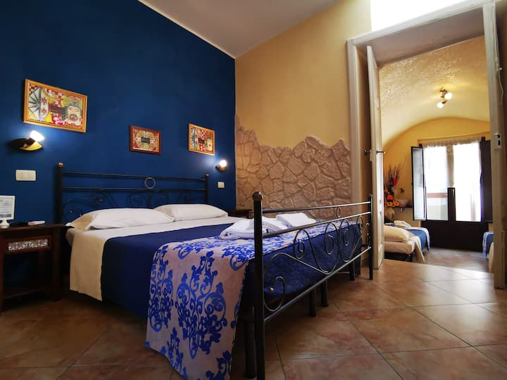 Sicilian accommodation in B&B Del Centro