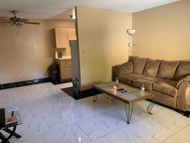 2 MILES FROM SKY HARBOR INTERNATIONAL AIRPORT
