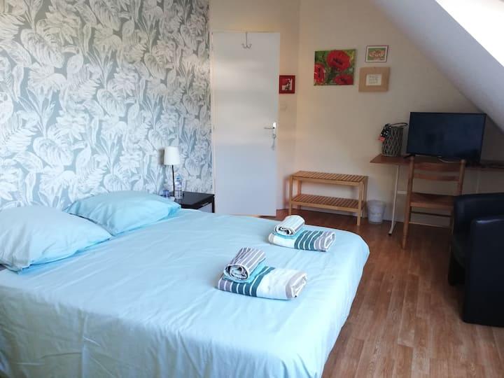 chambre spacieuse et calme centre Landerneau