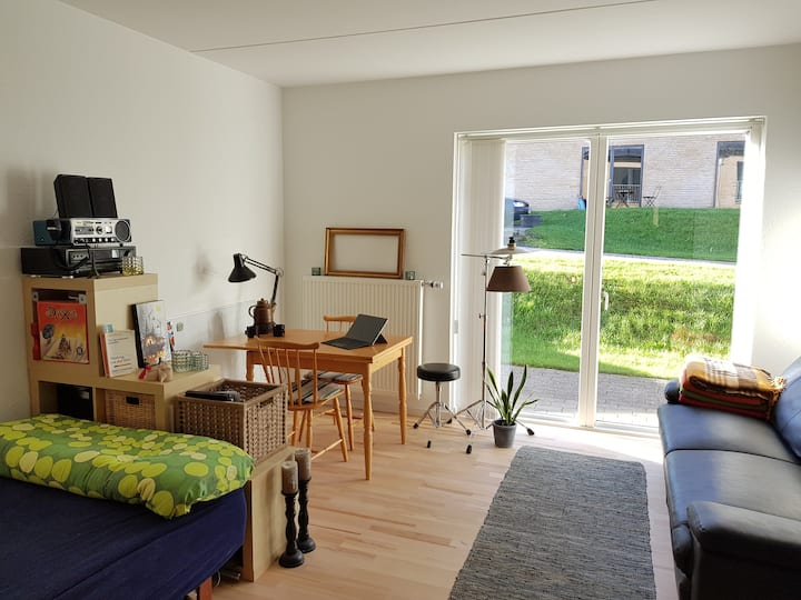 Very bright, modern and comfortable room