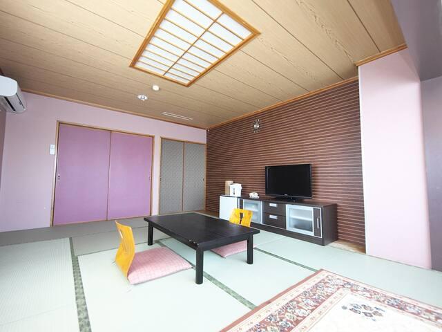 ホテルラクーン 芦ノ湖ビュー 眺望和室12畳 【最大4名利用】