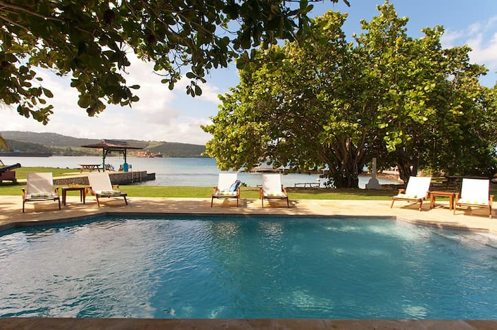 A Summer Place (7 bedrooms) - Discovery Bay - Casa de camp
