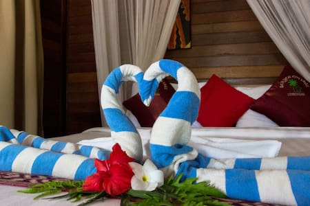 Deluxe Honeymoon Cottage - Nusapenida