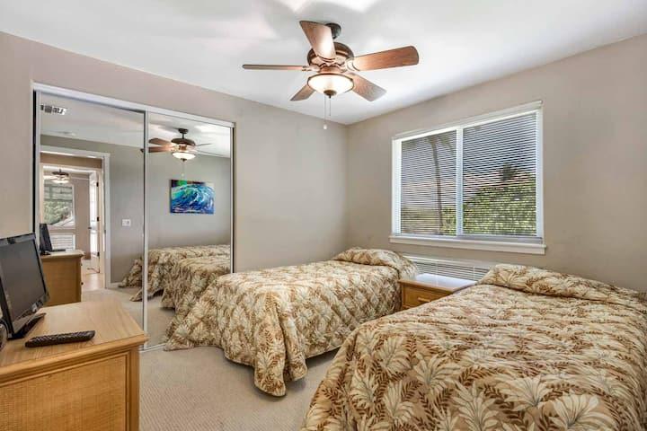 Palm Villas Unit G22 3 Bedroom 2 Bath Garden View