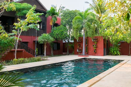 Authentic Khmer Home, Great Outdoor Area, BBQ Pool - Krong Siem Reap - Ev